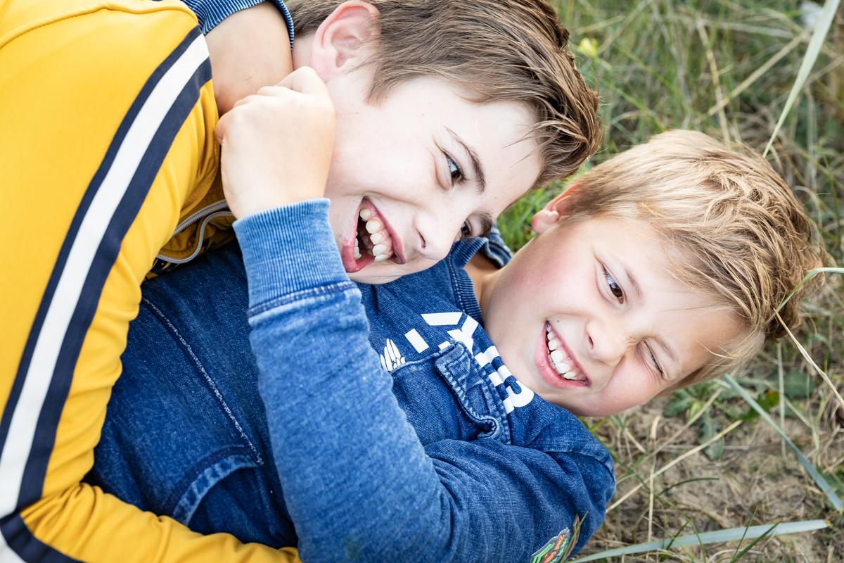 2 broers | stoeiend