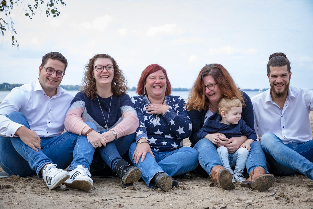 gezinsfotografie Amsterdam GrryFotografie lachend gezin